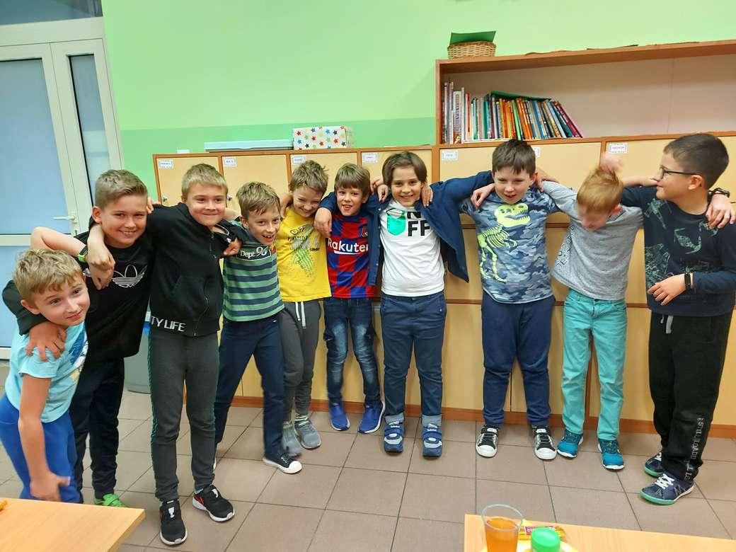 Jungenklasse 3 Online-Puzzle