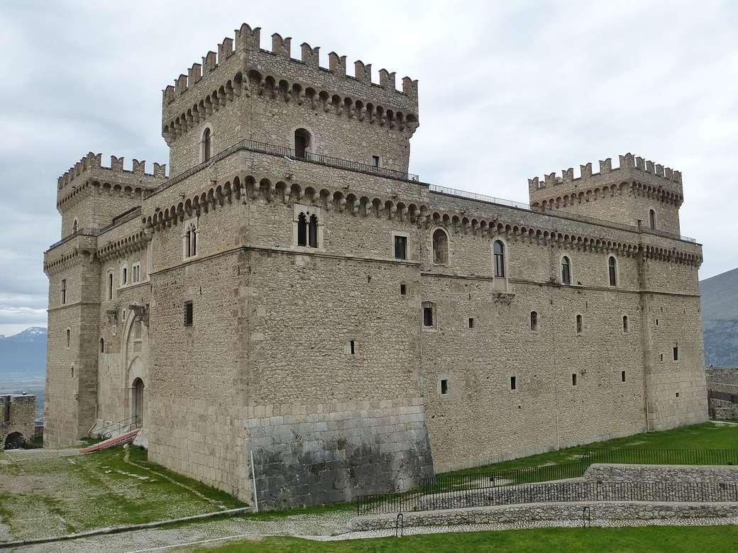 Celano Castello Piccolomini Regiunea Lazio Italia