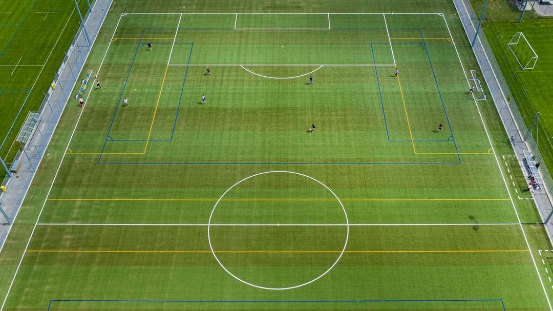 zdjęcia lotnicze boiska do piłki nożnej puzzle