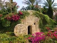 Wielkanoc Zmartwychwstania Jezusa Grób jest pusty