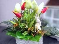 stroik z kwiatami