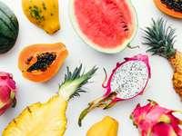 Тропически плод