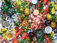 Frutos do Mar sortidos na mesa